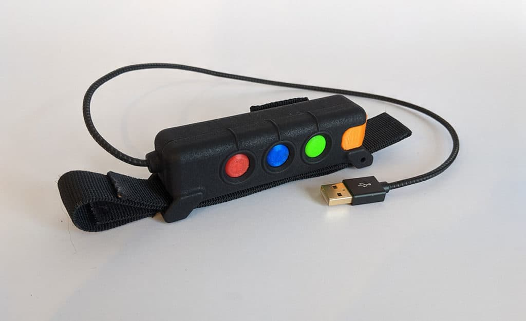 2iC wearable device front
