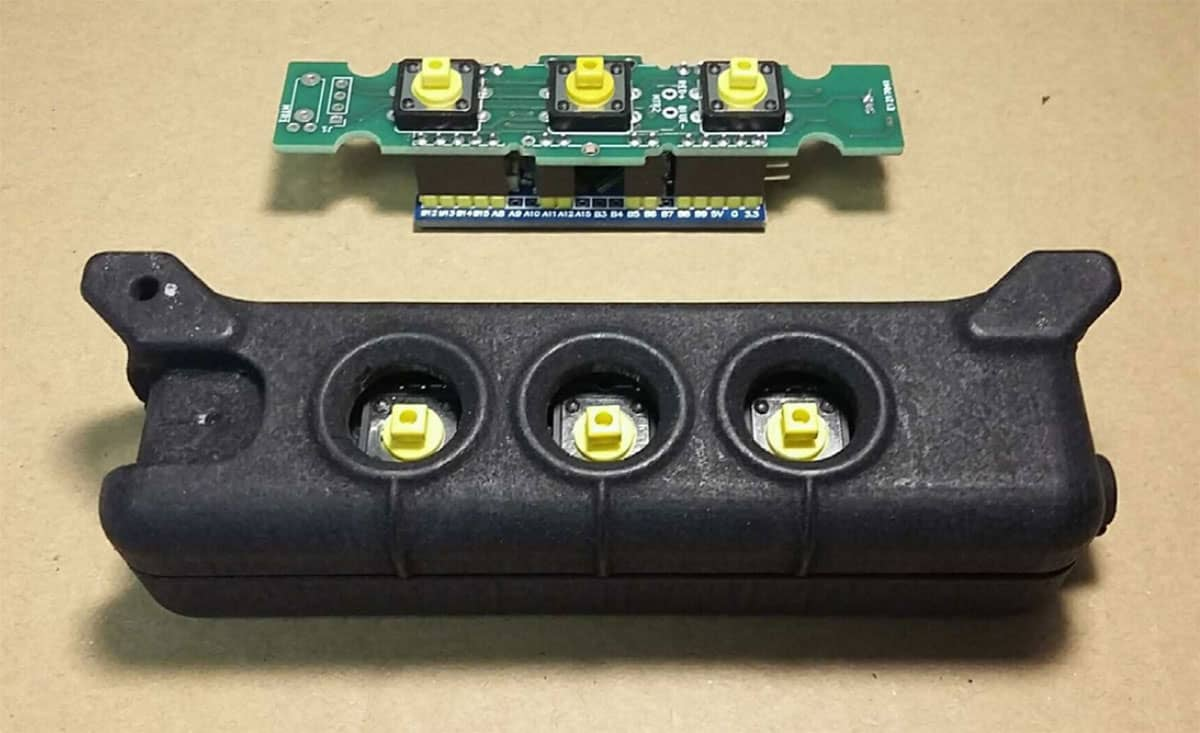 2iC wearable device pcb 3d printed case